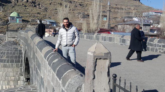 Tarihi Taş Köprü Kars